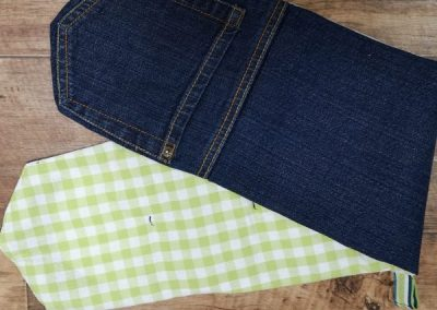 Upcycle Jeans & Make An Oven Glove
