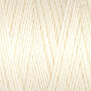 Gütermann Sew All Thread 1