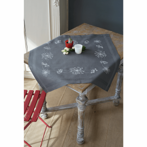 Embroidery Kit: Tablecloth: White Flowers